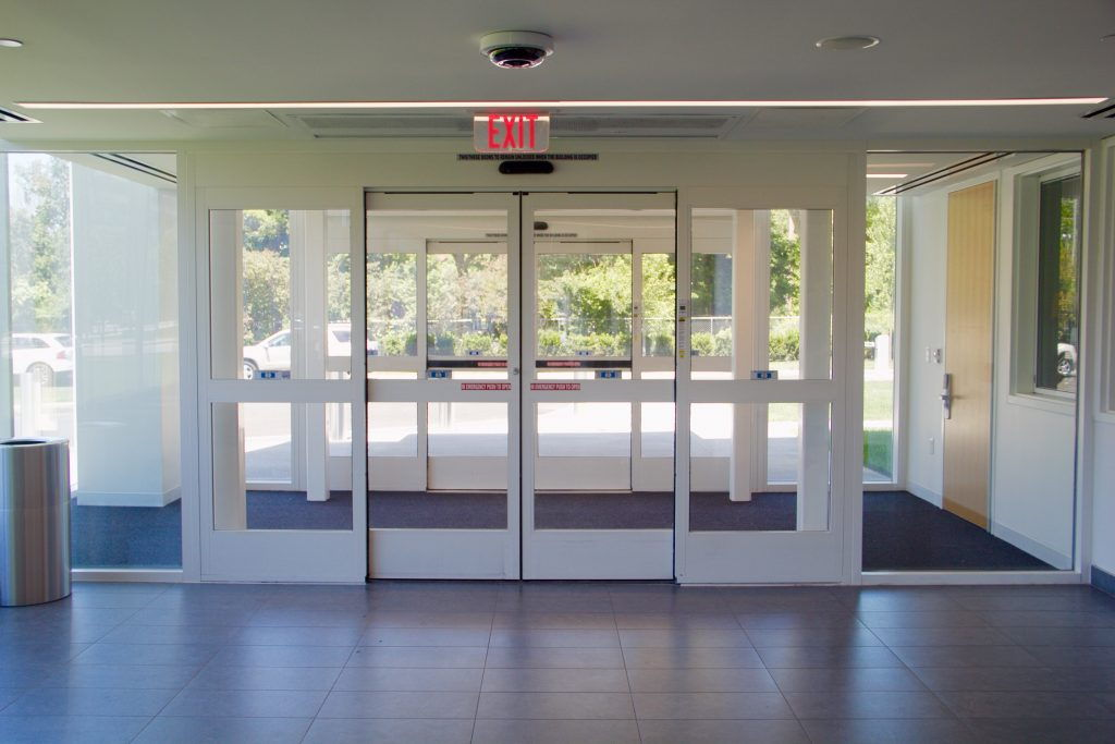 Photo of an interior automatic sliding door at a university